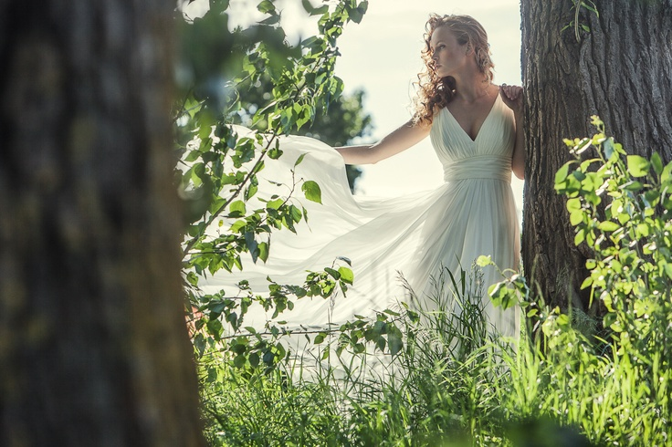 Flowing, natural bridal inspiration