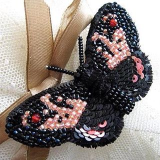 Бабочка-брошь.Продана.Авторская вышивка#embroidery #Butterfly #вышивка #бабочка #бисер