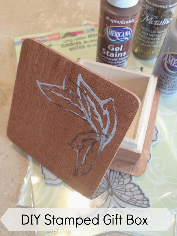 #cre8time for dads - #Sweet Stella's: Stamped and Stained DIY Wooden Trinket Box #DecoArt #Stampendous