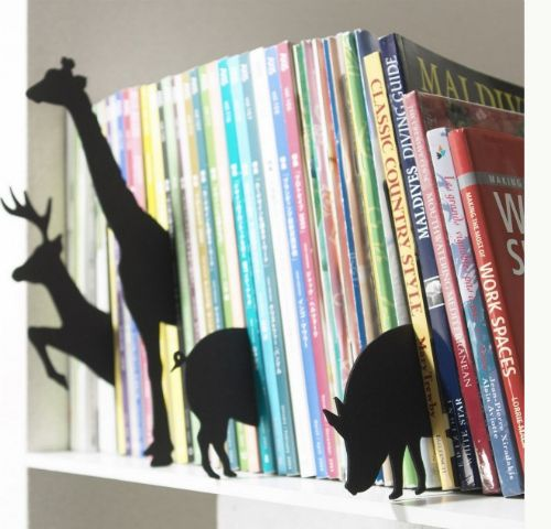 By Topic, Author or Series: What about using something like these animal dividers to keep things organized and add visual interest to the bookshelf? Looks like a fun DIY project to me! Jadabugs Baby Boutique #baby #books #bookshelf #kids