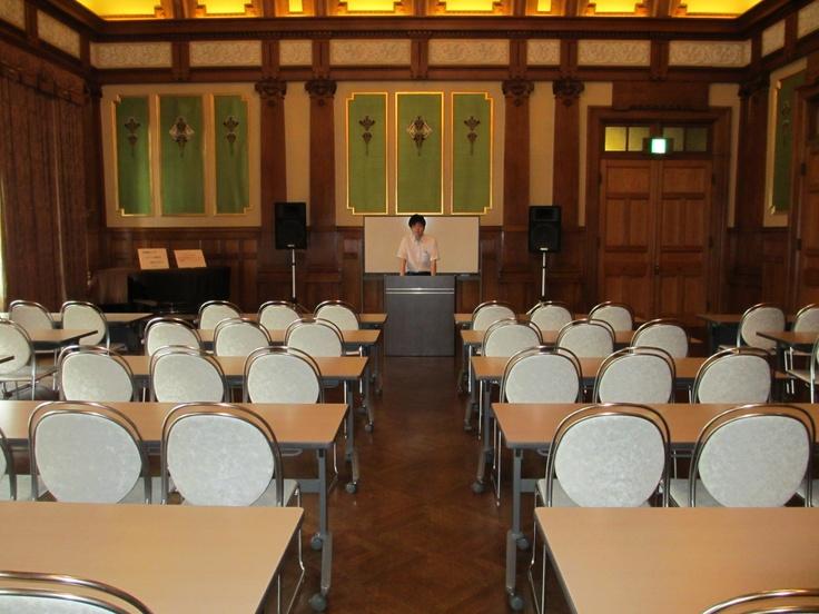 10月15日のセミナー会場です。  着席で机もご用意しています。