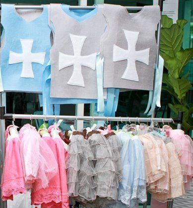 Tunic and tutu skirts as party favors for the kids
