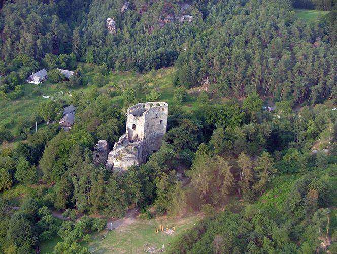 Galerie - Zřícenina skalního hradu Valečov (Zřícenina) • Mapy.cz