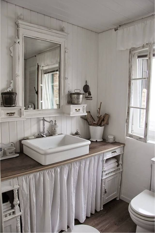 Photos Of Vintage farmhouse bathroom white and natural colors