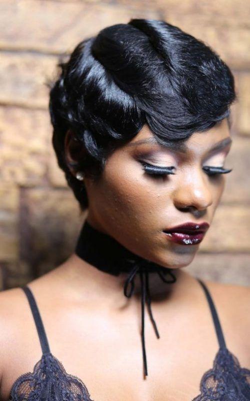 nuevos cortes de pelo corto para las mujeres negras en