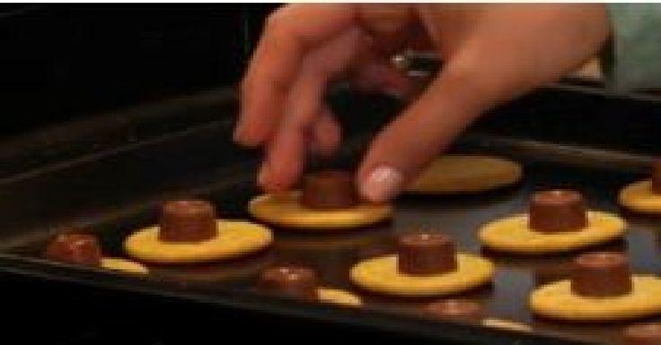 Un délicieux dessert minute avec des chocolats Rolo...Totalement décadent !