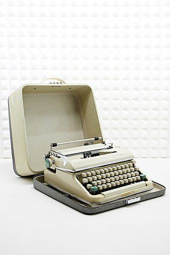 used manual typewriters for sale