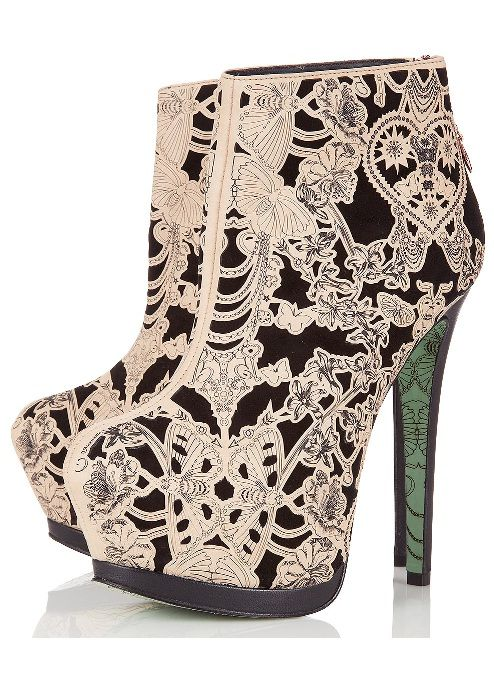 Love the pattern - Chloe Jade Green CJG bootsShoes, Lace Wings, Fashion, Style, Wings Ankle, Ankle Boots, Cjg, Ankleboots, Heels