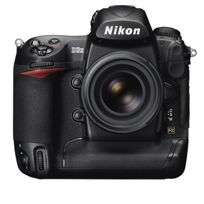Nikon D3X.... Never liked the look but man does it take awesome pictures.