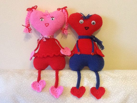 This listing is for the PDF only and not the finished product.    It is a pattern for a cute valentine couple with heart-shape head and body.