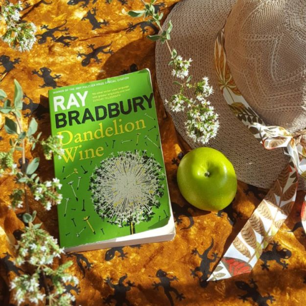 Dandelion Wine by Ray Bradbury | 31 Of The Most Heartwarming Books You'll Ever Read