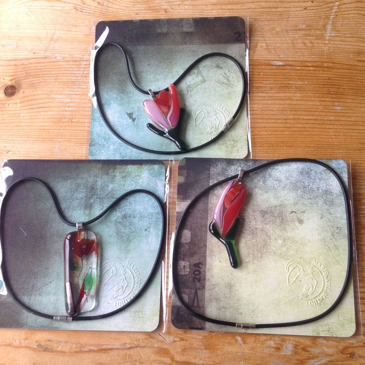 Glassfused pendants for the Lynnes