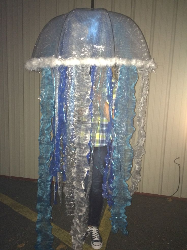 Jelly fish costume with flash tobetter see the details