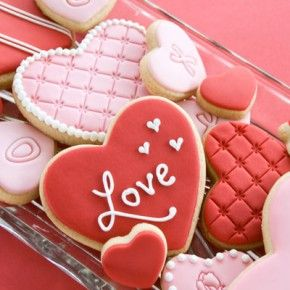 wouldn't you love to receive these cookies for Valentine's Day?!?!  Make some!! :o) Make someone happy! :o) ♥