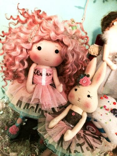 Veruca Couture dolly