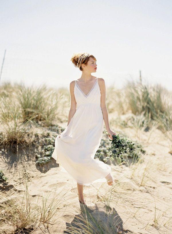 Bridal Musings' Wedding Dress Of The Week: Saja HB6622