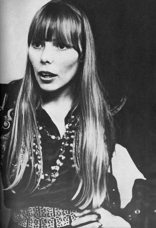 Joni Mitchell, one of the all time greatest singers & songwriters, just love this artist's work AND she paints!!!