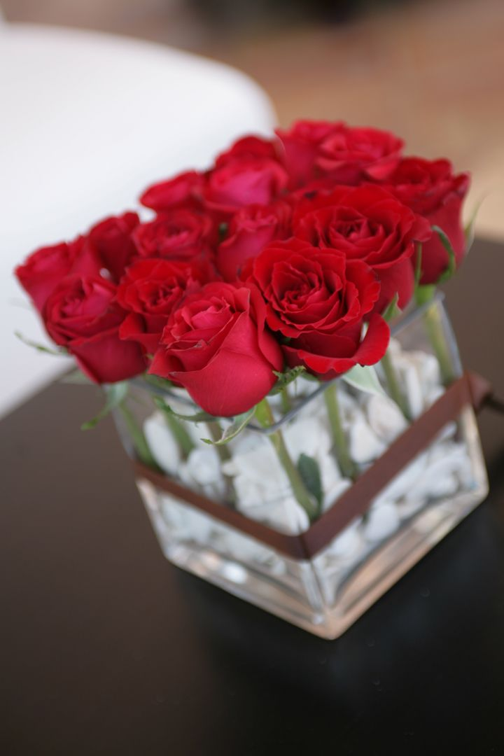 Detalle floral para boda en rojo