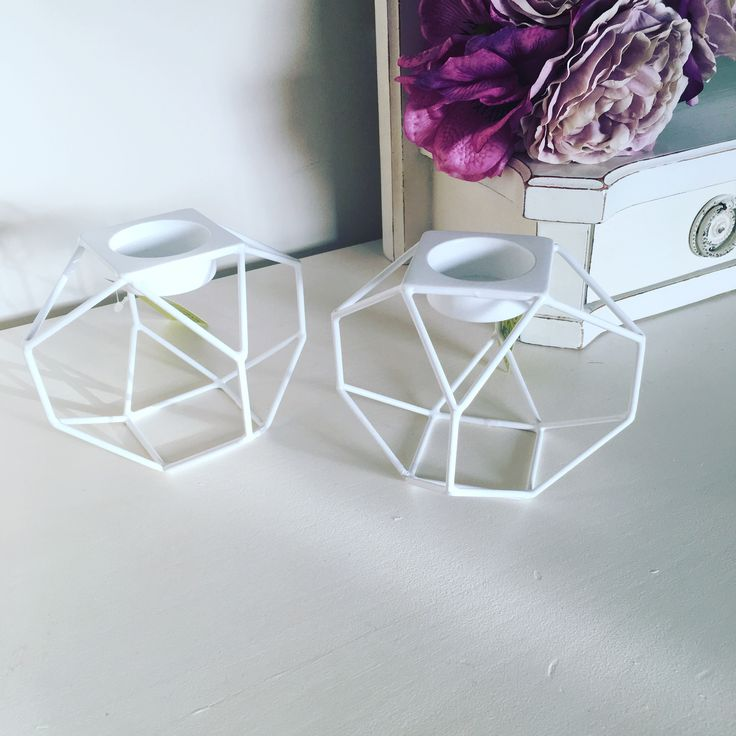 Brand New Candle HolderWhite Geometric Tea Light Candle Holders