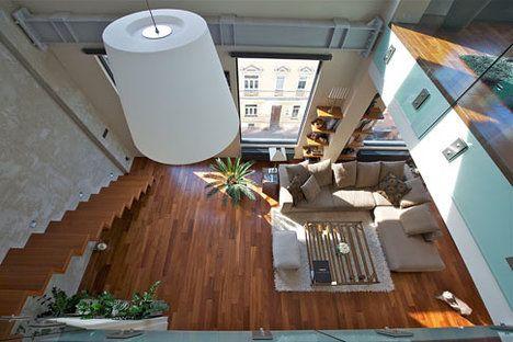 Obývací pokoj z výšky. Až se z ní točí hlava, ale je to krása; Svoboda & Williams