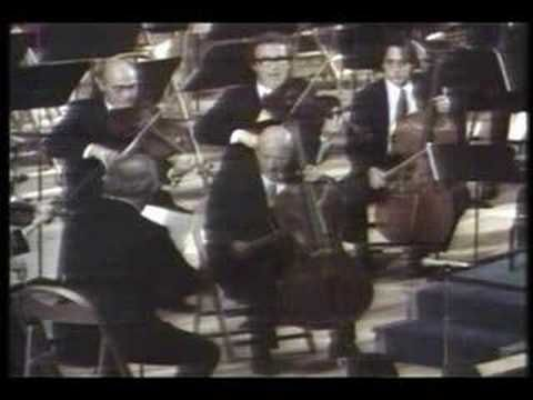 """The speech and performance by Pau Casals in October 24 (United Nations Day), 1971     Casals """"El Cant dels Ocells"""" at the U.N. Day カザルス『鳥の歌』"""