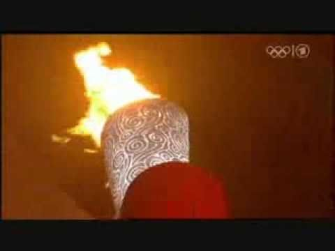 Beijing 2008 Olympic Cauldron (Torch) Lighting ~ http://www.youtube.com/watch?v=arRdurgadsM=PLB41767F987C06182=42=plpp_video