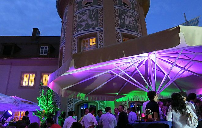 Königlich feiern in Münchens Bar Ludwig! Unsere Top Location der Woche: http://www.eventsofa.de/onelocationaweek/bar-ludwig-muenchen/