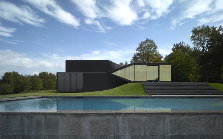 About House In Slope On Pinterest Santiago Villas And Modern Houses