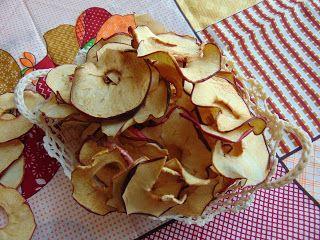 RADOŚĆ KIPIĄCA UŚMIECHEM.: Jabłkowe chipsy.