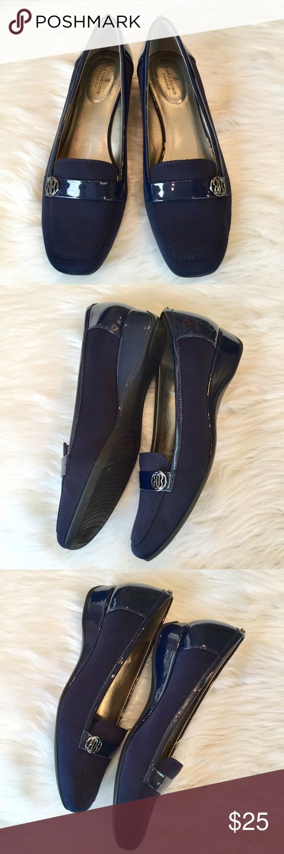 """Bandolino Navy Wedge Shoes, 9 ½, Like New Bandolino B-Flexible navy loafers. Padded insole for comfortable wear.   🔹1"""" wedge  🔹 Patent microfiber textile upper 🔹Excellent, like new condition  (Sandy) Bandolino Shoes Flats & Loafers"""