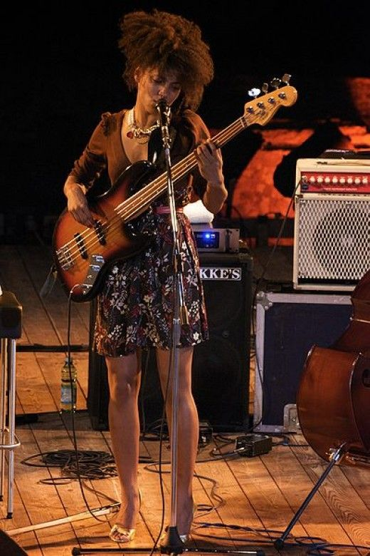 The Top Ten Female Bass Guitar Players