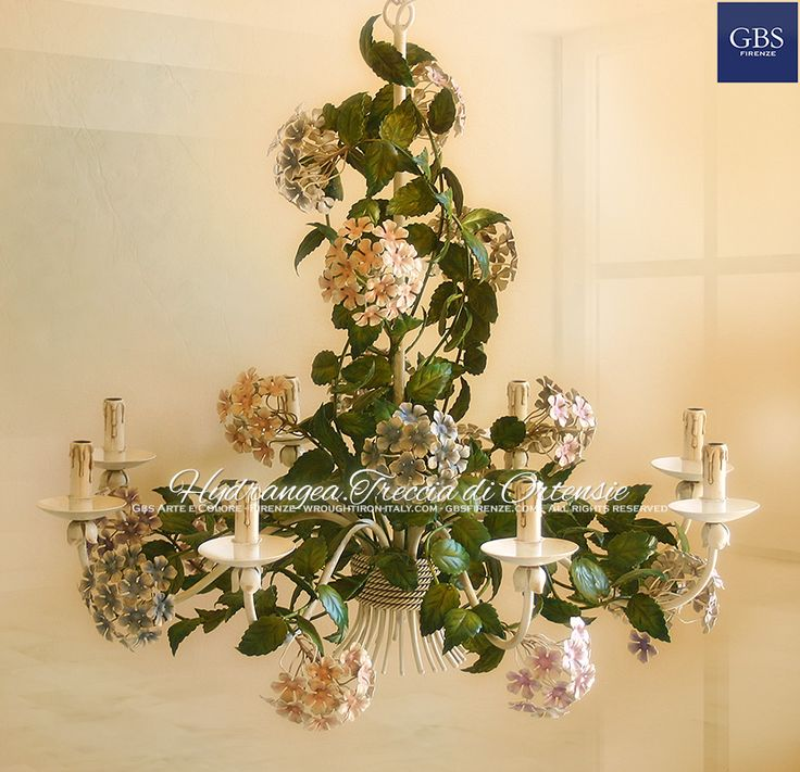 Hydrangea Chandelier. 8 lights. Treccia di Ortensie. Hand-painted wrought iron chandelier. Diameter cm.100. All rights reserved. The authentic GBS tole collections. Handmade in Florence, since 1925