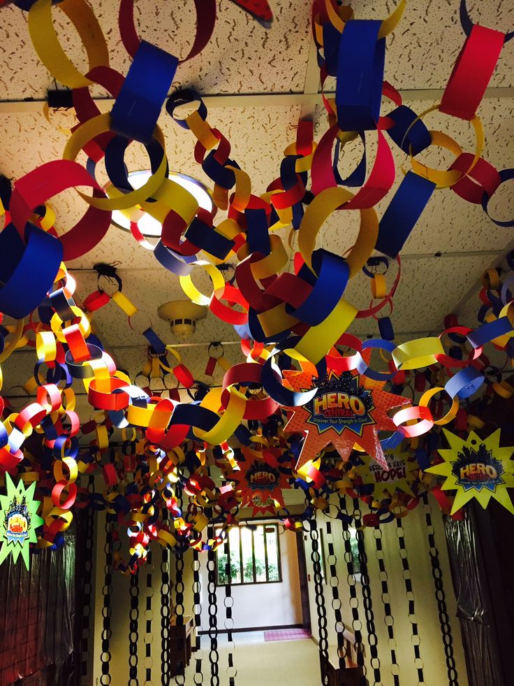 Who knew paper chains could look so wow? Also, add the Hero Code Mobiles to carry out the theme! cokesburyvbs.com