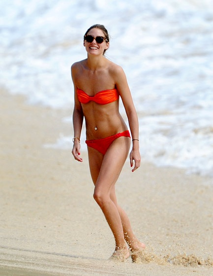 Olivia Palermo rocks another hot bikini bod