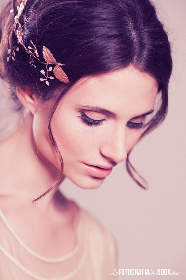 13 best Tocados de novia images on Pinterest | Bridal headpieces ...