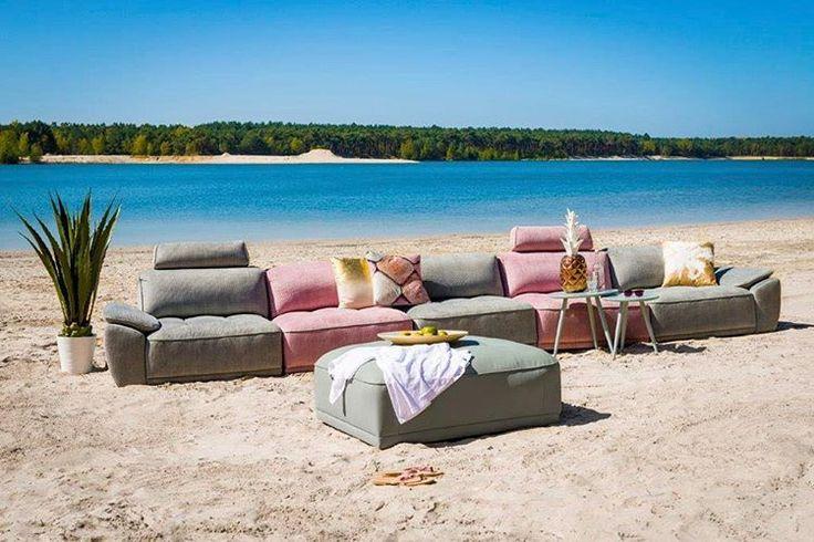 20 vind-ik-leuks, 1 reacties - Löwik Wonen&Slapen (@lowikwonenenslapen) op Instagram: 'Geinige setting! #bank #udine #strand #foto #outside #beach #loveinterior #hendersandhazel #bluesky…'