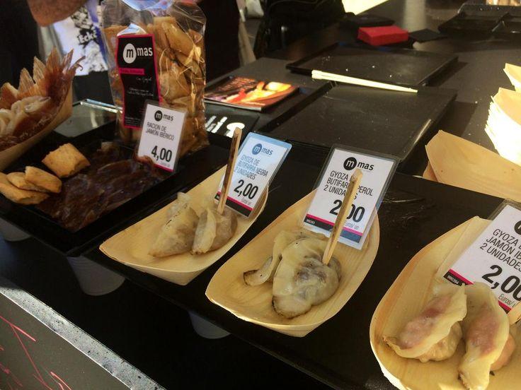 Mas Gourmets @MasGourmets  19 minFa 19 minuts Avui últim dia per provar al #mercatdemercats les gyoses ibèriques que hem creat amb @GrupoNomo @MercatsBCN