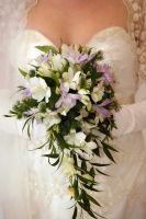 Waterval Boeket Van Casablanca Lelie's en Orchideeen #WTBKT007