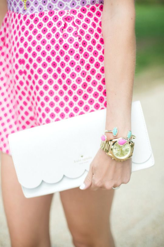 in love with this scalloped clutch!