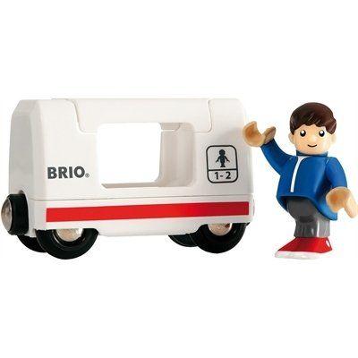 Brio Personenwagen mit Kind 33509. Nimm den Frühzug! Das Wagendach lässt sich öffnen, um den Fahrgast hineinzusetzen. Perfektes Zubehör für die Brio Bahn. Enthält eine bewegliche Spielfigur.  http://www.briobahn.ch/brio-eisenbahn-personenwagen-mit-kind-33509.html