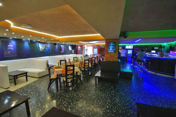 Comfortable Surroundings at Sangri La Club and Restaurant Havana, Cuba   Havana Clubs   Cuba Stay