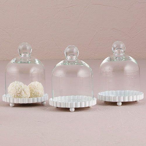 Personalizzata bomboniera - campana di vetro Mini w / Base fluida bianca - bomboniera - personalizzato favori di partito - Personalized vaso di vetro di PerfectFavours su Etsy https://www.etsy.com/it/listing/228482175/personalizzata-bomboniera-campana-di