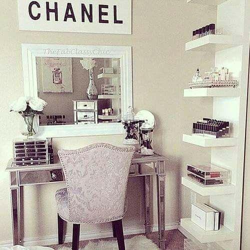 Déco | Chanel | Organisation | white | make up