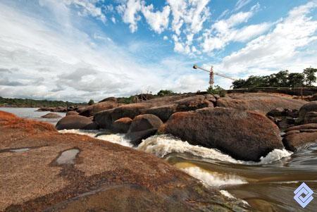 Raudales cercanos a la población de Mitú, en la Amazonia colombiana