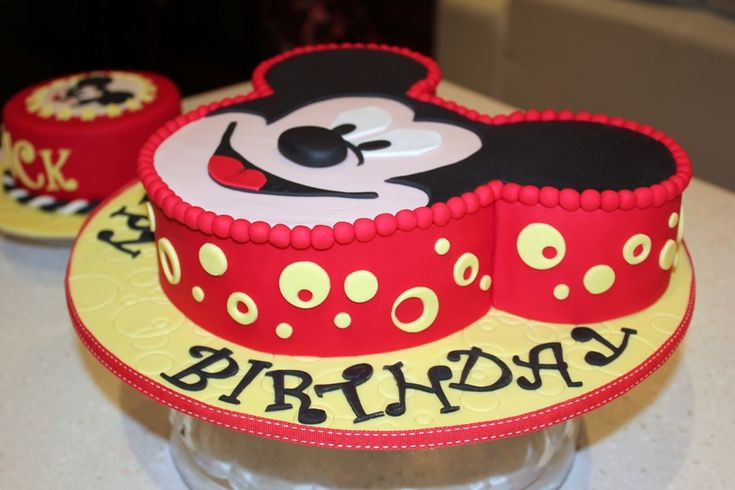 Mickey Mouse Smash Cake: 1000+ Ideas About Mickey Smash Cakes On Pinterest