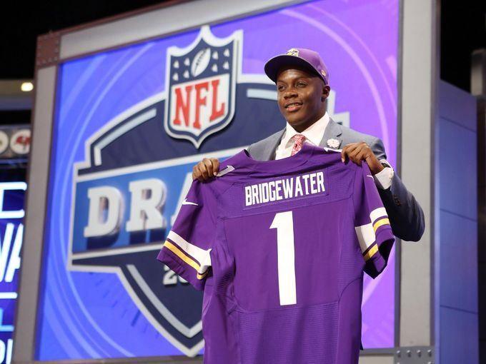 2014 NFL Draft: Vikings Pick Teddy Bridgewater - http://buzz.io/6652/2014-nfl-draft-vikings-pick-teddy-bridgewater/