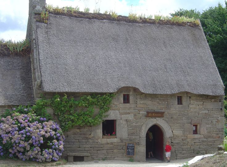 73 best Toits de chaume images on Pinterest Dreams, Thatched roof