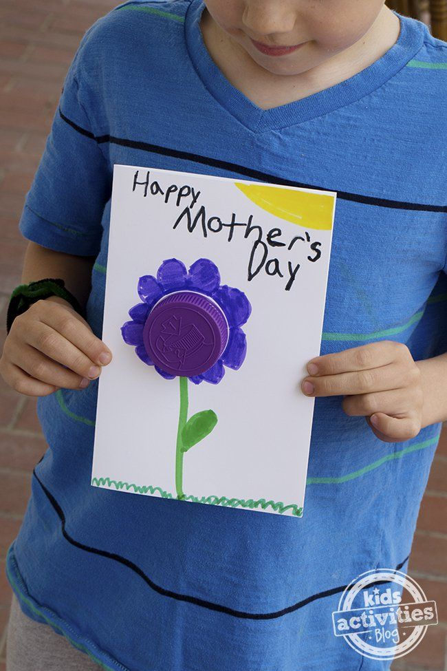 Celebrate mom with this simple card that uses recycled materials.