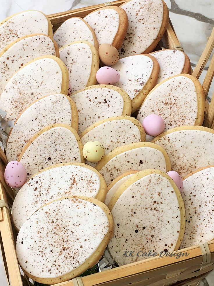 Speckled egg vanilla sugar cookies to celebrate Easter