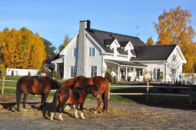 New England home, in Sweden.  DREAMY!!!